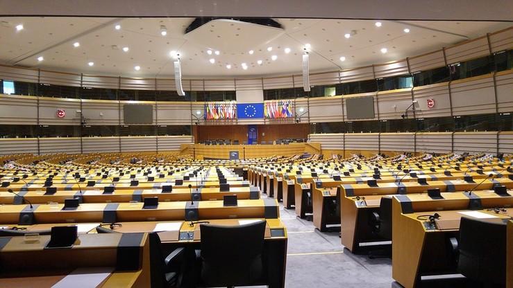 PE wzywa Rosję do uwolnienia ukraińskich więźniów, potępia represje na Krymie