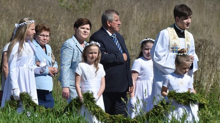 Ks. Tymoteusz Szydło, syn premier, odprawił pierwszą w życiu mszę