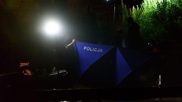 Wielkopolskie: trzy osoby z zarzutami ws. zdjęć znalezionych zwłok