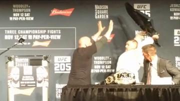 2016-11-10 UFC 205: McGregor chciał uderzyć Alvareza... krzesłem! (WIDEO)