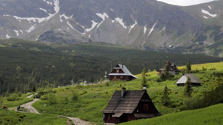 """""""Ludzie czasem zapominają, gdzie są"""". Tatrzański Park Narodowy organizuje akcję """"Gotowi w góry"""""""