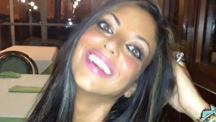 Popełniła samobójstwo, bo jej sekstaśma krążyła w sieci. Facebook musi skasować filmy