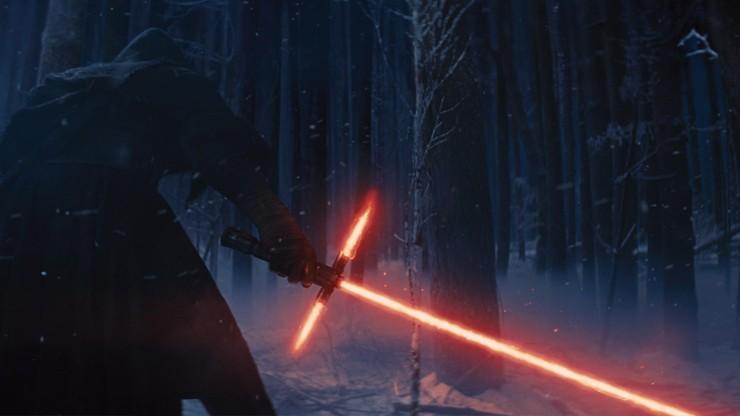 """Nowe """"Gwiezdne Wojny"""" wracają do korzeni. W kwestii pojedynków na miecze świetlne"""