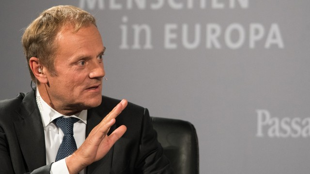 Tusk: UE powinna przedłużyć sankcje wobec Rosji - w związku z Syrią