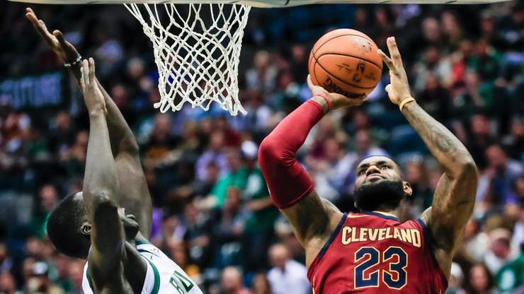 NBA: James w roli rozgrywającego przesądził o wygranej Cavaliers