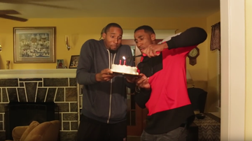 2015-10-26 Niespotykany prezent urodzinowy. Nowy zawodnik NBA kupił mamie dom! (WIDEO)