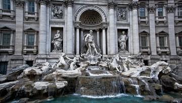 22-04-2017 20:03 Wskoczył do fontanny di Trevi. Drogo go to kosztowało