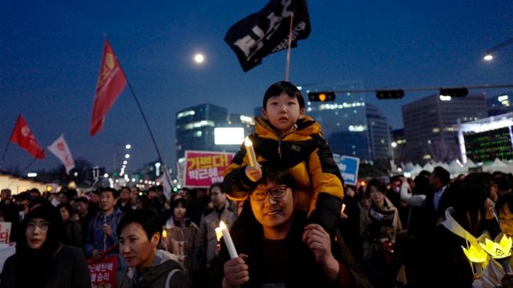 Korea Płd.: manifestacje za i przeciw impeachmentowi prezydent Park