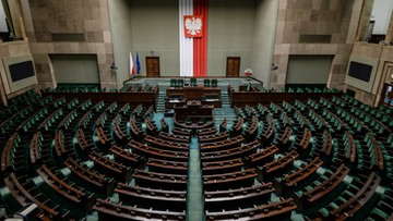 17-12-2015 10:25 Pierwsze czytanie nowelizacji ustawy o TK.  Opozycja: wkrótce nie będzie żadnego organu uprawnionego do kontroli większości parlamentarnej