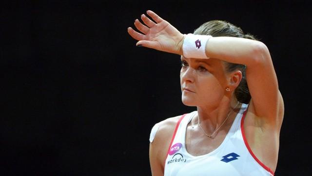 WTA w Wuhan: Radwańska odpadła w I rundzie, Szarapowa skreczowała