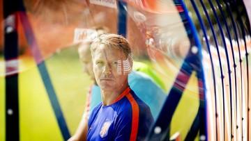 31-08-2016 07:14 Marco van Basten opuszcza sztab Holandii i przenosi się do FIFA