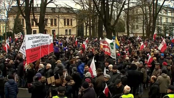 """""""Obywatele dla demokracji"""". Manifestacja w sprawie Trybunału Konstytucyjnego"""