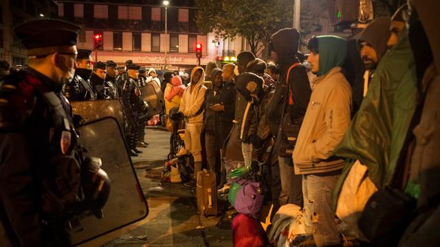 Mer Paryża otworzyła nowy ośrodek dla imigrantów