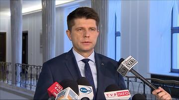 Petru: nie ma nic gorszego niż upieranie się przy stanowisku, że prawo i konstytucja nie są w Polsce łamane