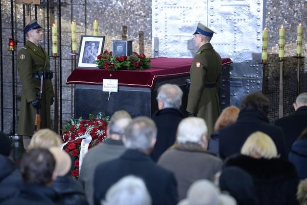 Na powązkach pożegnano Tadeusza Konwickiego