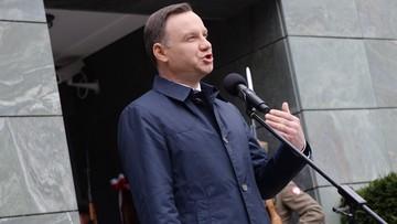 12-04-2016 13:48 Prawie połowa Polaków dobrze ocenia prezydenta. Sejm z najlepszymi notowaniami od lat