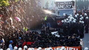 """06-07-2017 20:35 Starcie antyglobalistów z policją w Hamburgu. """"Państwa G20 pogłębiają światowy wyzysk"""""""