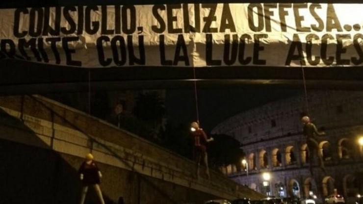 Skandal w Rzymie. Kukły piłkarzy Romy zawisły na sznurach!
