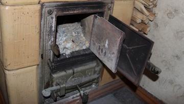 24-02-2017 17:23 W Gdańsku badają popiół z pieców. Za spalanie odpadów sąd nałoży kary