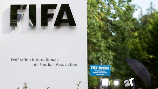 Afera FIFA: jeden z zatrzymanych działaczy już w USA