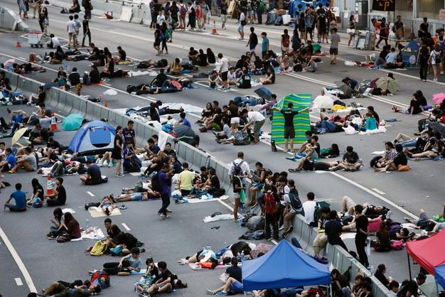 Hongkong: protestujący nie ustępują