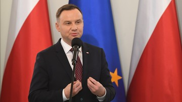 """17-11-2017 14:40 Prezydent Duda o Macierewiczu i """"ubeckich metodach"""": powiedziałem, co myślę"""