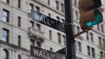 08-11-2016 23:11 Wall Street lekko w górę w oczekiwaniu na wynik wyborów