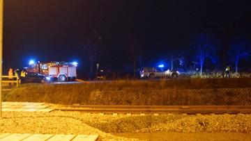 """26-11-2015 12:26 Żółta """"rakieta"""" znaleziona na Kaszubach. Antyterroryści: to nie bomba"""