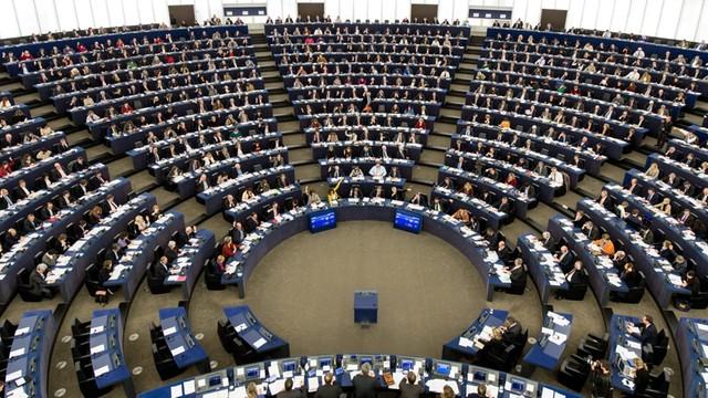 W Parlamencie Europejskim rozpoczęła się debata o Polsce