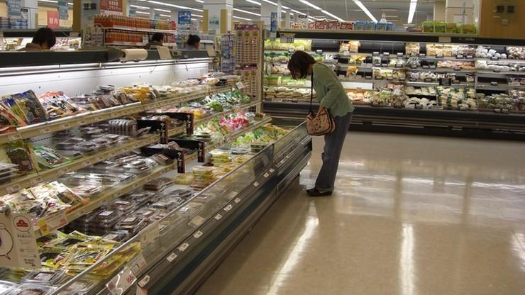 """Gigantyczne łapówki za """"lepsze"""" półki w supermarkecie. Ruszył proces ws. korupcji w sieciach handlowych"""