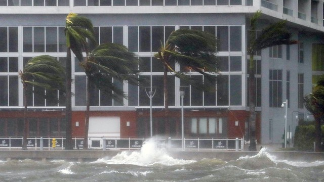 USA: huragan Irma dotarł do Florydy