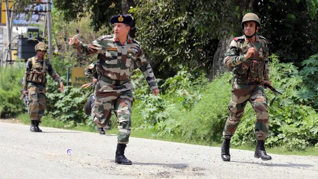 Indie: atak na posterunek policji w Pendżabie