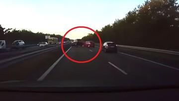 29-12-2016 11:15 Autopilot Tesli uniknął wypadku. Hamował jeszcze przed zdarzeniem