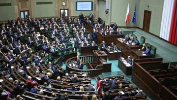 18-03-2016 11:11 Bezpłatne leki dla osób powyżej 75. roku życia. Sejm uchwalił ustawę