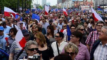 """06-05-2017 16:09 """"Marsz Wolności"""" w Warszawie. """"Jesteśmy razem, zwyciężymy!"""""""