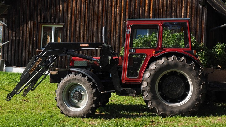 15-latek zginął pod kołami traktora. Przejechał go starszy brat