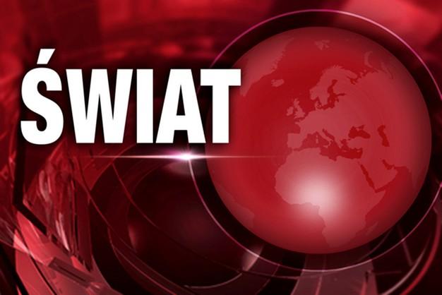 Rosja: awaryjne lądowanie pasażerskiego Boeinga, uszkodzony silnik