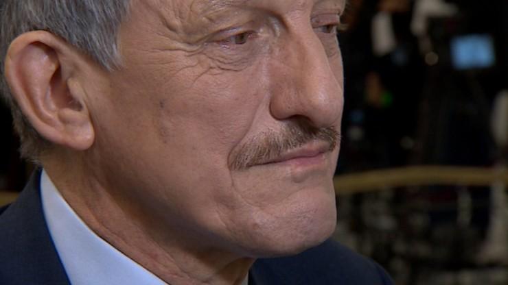 Pomyłka posłów PiS przy głosowaniu nad poprawkami do ustawy o prokuraturze. Piotrowicz: - Co wy robicie?