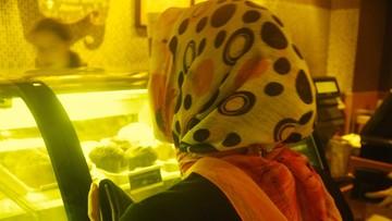 Somalijka domaga się odszkodowania za zakaz noszenia hidżabu