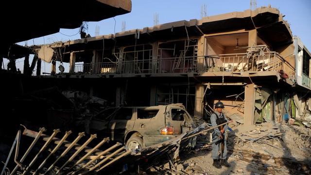 Afganistan: zamach w Kabulu, już 15 ofiar śmiertelnych