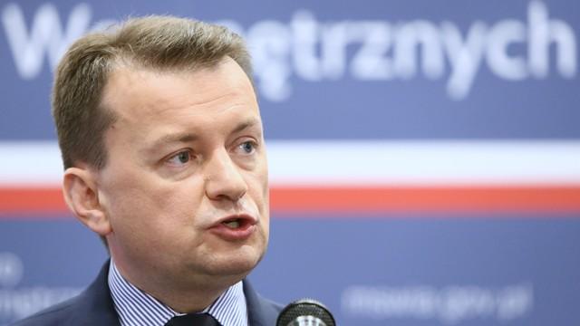 Błaszczak: Polska nie zgodzi się na przyjmowanie uchodźców