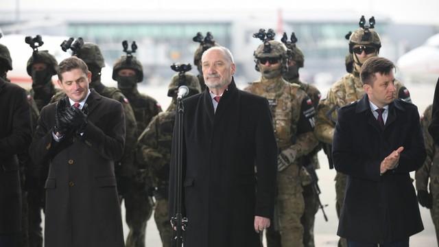 Dworczyk: w poniedziałek umowa na drony bojowe dla wojska