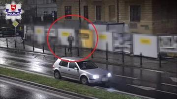 23-10-2016 12:46 Pieszo za pijanym. Kierowca jechał pod prąd w centrum miasta