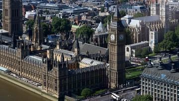 24-06-2017 19:38 Cyberatak na brytyjski parlament. Deputowani bez dostępu  do maili