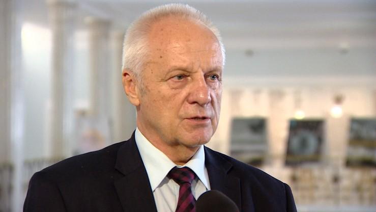 """Niesiołowski odmówił  przyjęcia od IPN odznaczenia, bo instytut """"działa jako pisowskie narzędzie"""""""