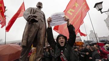 """07-11-2016 20:52 Krzyczał """"hańba"""" podczas odsłonięcia pomnika Lenina. Białoruski opozycjonista zatrzymany"""