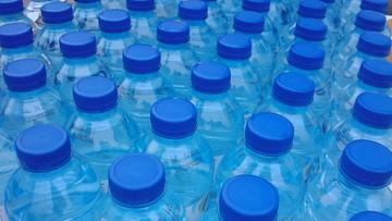 26-04-2016 10:18 Hiszpania: już 4 tys. ofiar butelkowanej wody. Była zatruta fekaliami