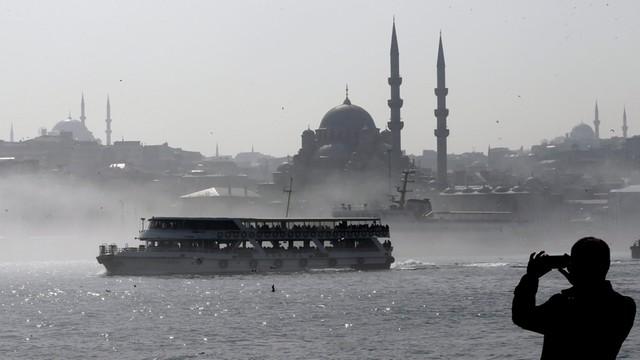Rosyjscy agenci aresztowani w Turcji - mieli zabić czeczeńskiego bojownika