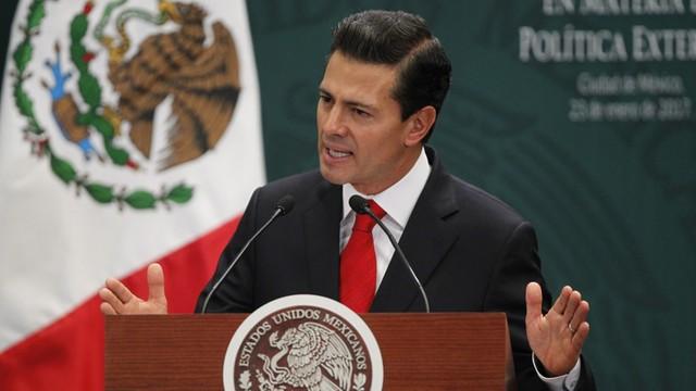 Donald Trump przez godzinę rozmawiał z prezydentem Meksyku