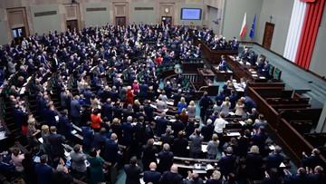 11-03-2016 11:10 Sejm nie zgodził się na odrzucenie projektu ws wstrzymania sprzedaży ziemi